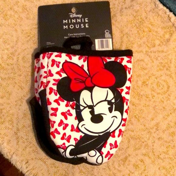 Disney Minnie Mouse Mini Mitts Set